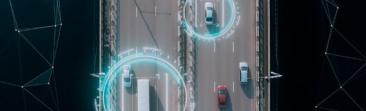 vehiculos monitoreados por rastreo satelital en via principal